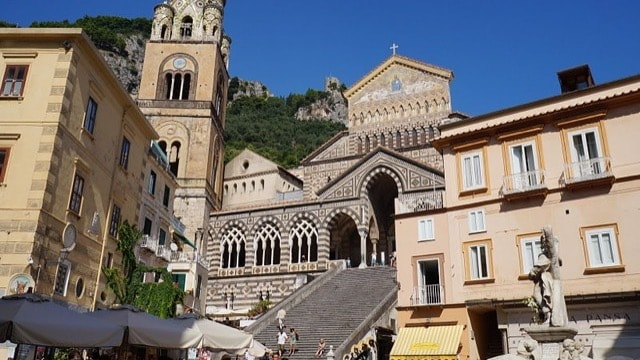 /img/tours-full-day-excursions/Amalfi.jpg